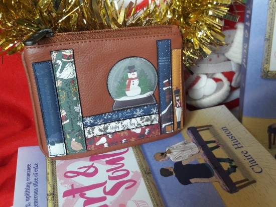 Art and Soul Yoshi book purse Christmas giveaway