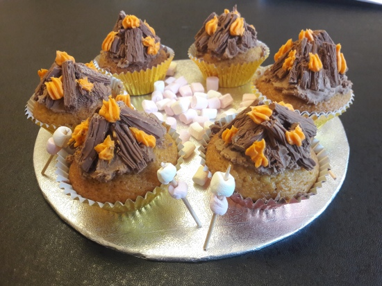 Bonfire night guy fawkes' easy cupcake recipe uk chocolate flake and buttercream