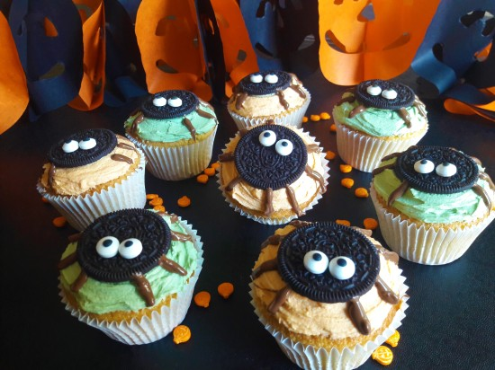Halloween cute oreo spider muffins spooky easy uk recipe cute bake