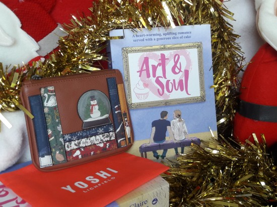 UK Giveaway Christmas Yoshi bookworm purse and paperback copy of Art and Soul by Claire Huston